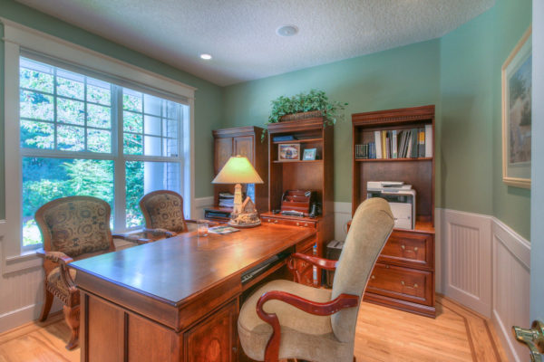 Custom built office space - Custom built Oregon homes