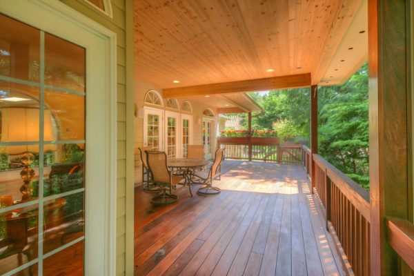 Expansive wooden deck - custom Oregon home