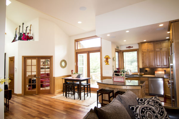 Custom open design - Award winning custom Oregon homes