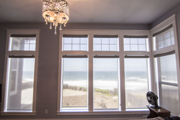 Wall of windows designed to display ocean view - Oregon